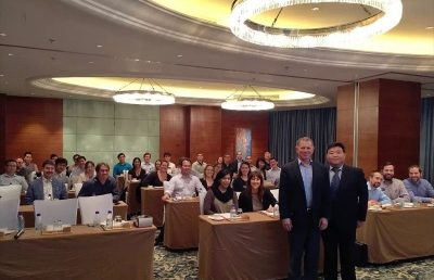 Dr. Peter Jiang Invited to Teach to UCLA MBA Students in Shanghai